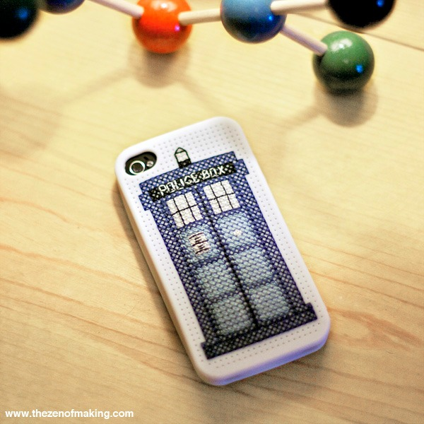 Doctor Who TARDIS iPhone Case Cross-Stitch Pattern