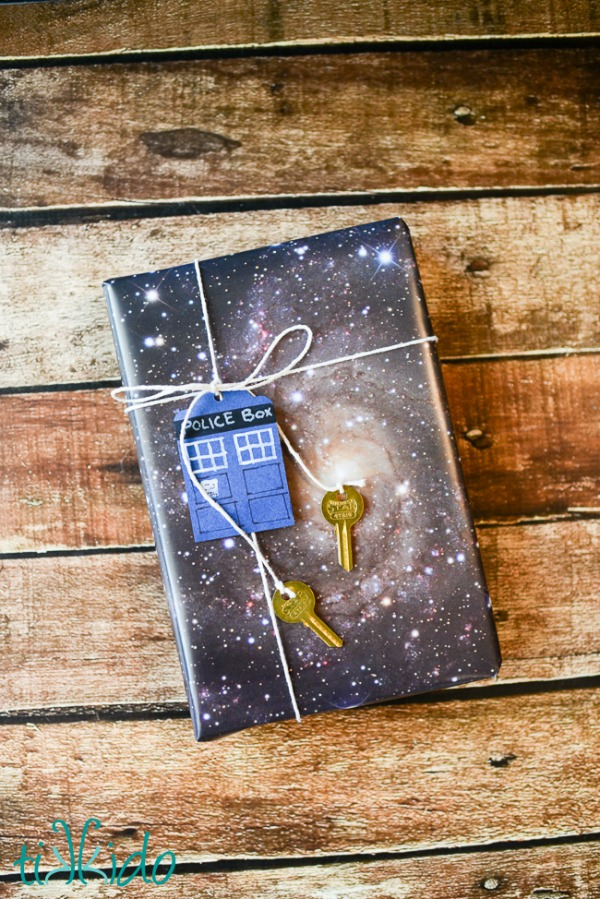 Doctor Who Gift Wrap