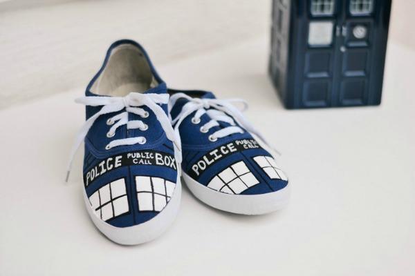 diy tardis shoes