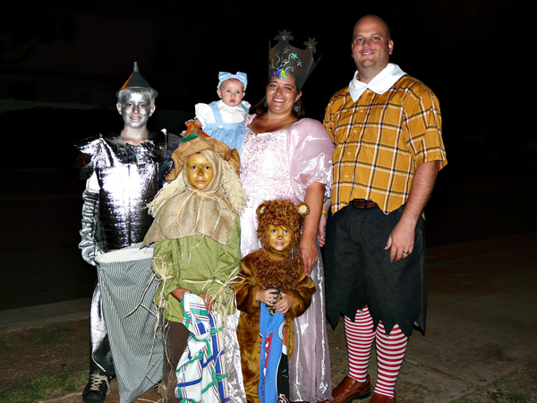 Wizard of OZ Halloween Costumes (2008)