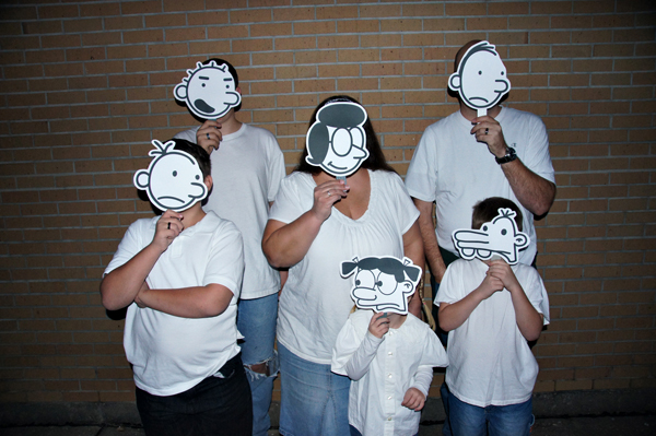 Diary of a Wimpy Kid Family Halloween Costume (2012)
