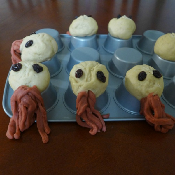Ood Rolls Will Sing You to Your Sweets