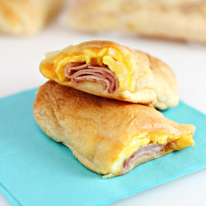 Cheesy Ham & Egg Roll Ups (Easy Road Trip Breakfast Recipe)