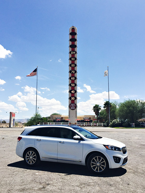 2016 Kia Sorento at Worlds Largest Thermometer in Baker CA