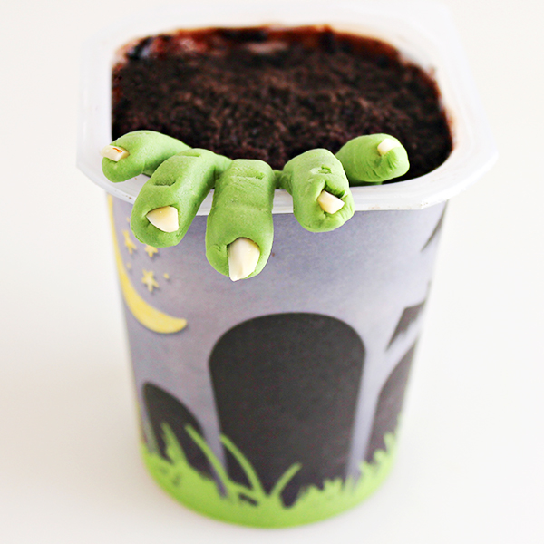 Zombie Graveyard Snack Pack Pudding Cup