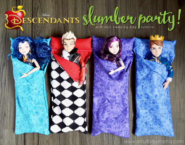 Disney Descendants Doll Sleeping Bags Tutorial by artsy fartsy mama
