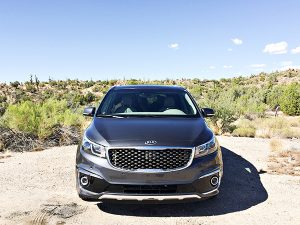 8 Family Road Trip Features in the Kia Sedona SX-L