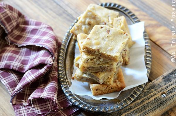 Butterbeer Brown Butter Blondies with Toasted Pecans