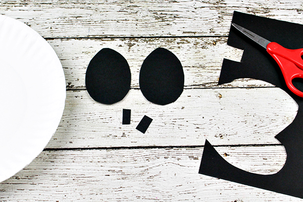 Jack Skellington Paper Plate Craft for Kids