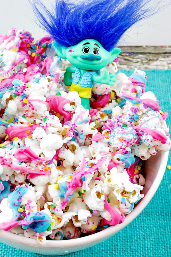 Dreamworks Trolls Movie Popcorn Recipe - great for movie night or birthday parties!