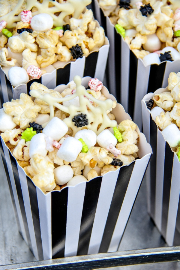 Christmas Popcorn Recipes.15 Themed Movie Night Popcorn Recipes Comic Con Family