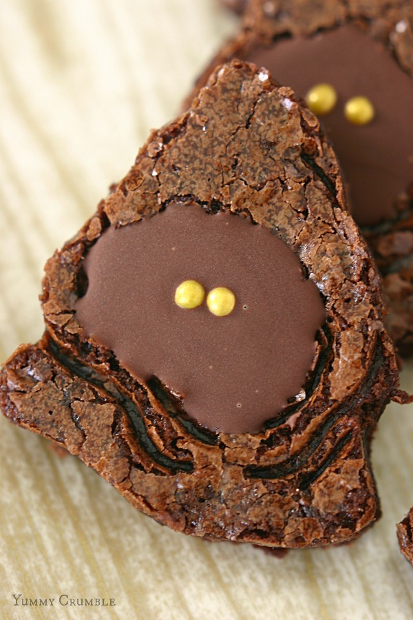 Peppermint Jawa Brownies by Yummy Crumble
