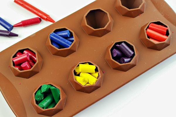 DIY Avengers Infinity Crystal Crayons