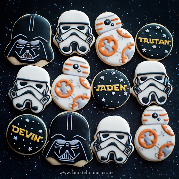 Decorated Star Wars Cookies by Cookielicious