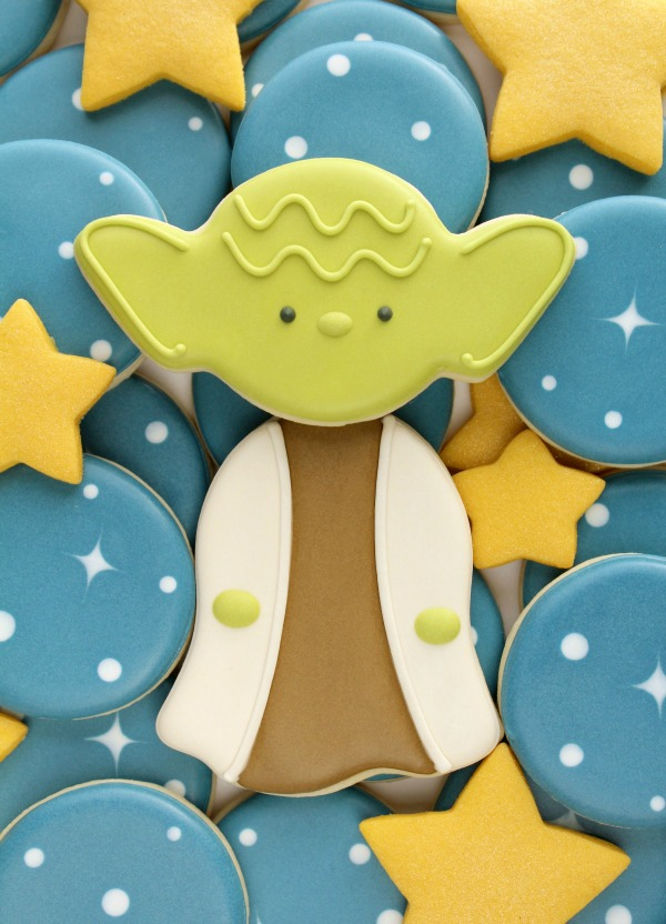 Decorated Yoda Cookies by Sweet Sugarbelle