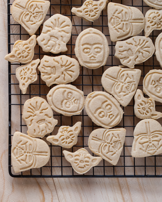 Easy Star Wars Cookies by Clever Pink Pirate
