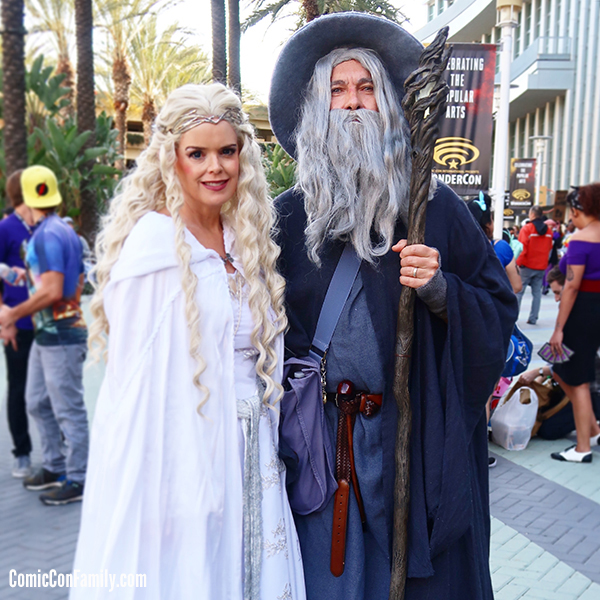 Lord of the Rings Cosplay - Gandalf and Galadriel at WonderCon 2018